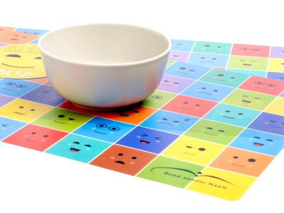 039_placemats_2.jpg